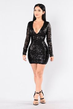 Fashionably Late Dress - Black/Black. Size: M