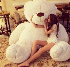 When this teddy bear is to cute ✨ Huge Teddy Bears, Teddy Bear Day, Giant Teddy Bear, Big Bear, Teddy Girl, Giant Plush Bear, White Teddy Bear, Bear Valentines, Kung Fu Panda