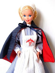 Civil War Nurse Barbie - 1995 | Flickr - Photo Sharing!