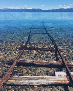 Lake Tahoe, United States. Lake Tahoe straddles the border between California and Nevada, west of Carson City and it is a major tourist attraction in both states. Lake Tahoe is is the largest alpine lake in North America. Its depth is 1,645 ft (501 m), making it the second deepest in the United States. Photo by heathmedders (Instagram) #usa #travel #nature #placestovisit