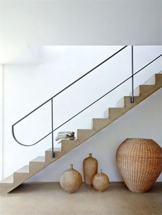 Elegant simplicity by José Luis Alonso We love the rawness of materials - less is more. Metal Railings, Staircase Railings, Staircase Design, Stairways, Banisters, Minimalist Architecture, Architecture Details, Interior Architecture, Interior Stair Railing