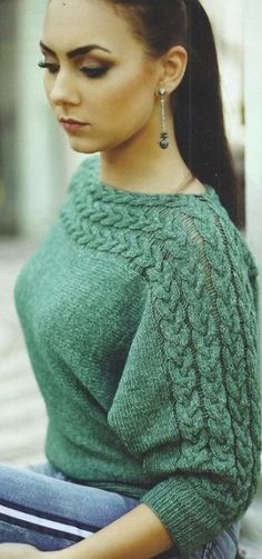 knitted pullover with braids, knitting- пуловер с косами вязаный спицами, вязание п… knitted pullover with braids, knitting across - Knitting Designs, Knitting Patterns Free, Knit Patterns, Free Knitting, Crochet Jumper, Knit Crochet, Mode Crochet, Pullover Mode, Cable Knitting