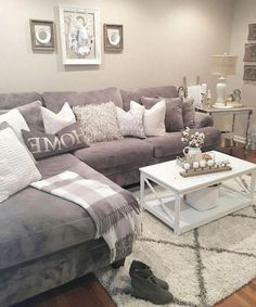 Beautiful Farmhouse Living Room Design Ideas l&; Beautiful Farmhouse Living Room Design Ideas l&; Sabrina Borriello sabrinaborriell My house Beautiful Farmhouse Living Room Design Ideas […] farmhouse living room Living Room Carpet, Living Room Grey, Small Living Rooms, Living Room Interior, Home Living Room, Living Room Designs, Living Room Decor For Small Apartment, Sectional In Living Room, Grey Living Room Furniture