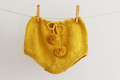Knit Baby Bloomers Hand Knitted Diaper Cover Mustard por LalaKa