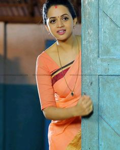 Bhavna Menon cute and hot tollywood South Indian actress unseen latest very beautiful and sexy images of her body curve navel show pics with. Indian Actress Images, South Indian Actress Hot, Indian Girls Images, Indian Actresses, South Actress, Beautiful Girl Indian, Most Beautiful Indian Actress, Most Beautiful Women, Indian Natural Beauty