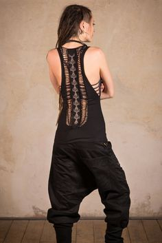 Goth Top amazing cut top with skull print Cyberpunk Steampunk Pants, Jedi Outfit, Cyberpunk Clothes, Dark Mori, Skull Print, Trends, Gothic Outfits, Unisex Fashion, Cool Outfits