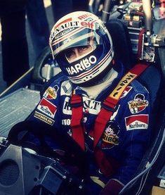 Alain Prost, Racing Helmets, F1 Racing, Car Brochure, Racing Events, Helmet Design, F1 Drivers, Modified Cars, Formula One