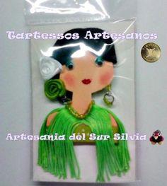 Broche flamenca realizado en goma eva fieltro y abalorios