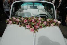 Best 45+ Awesome Wedding Car Decorations Ideas https://oosile.com/45-awesome-wedding-car-decorations-ideas-12561