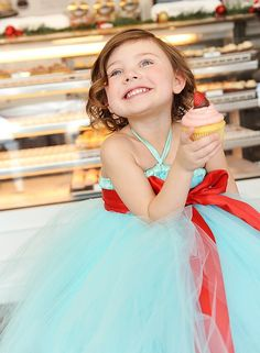 Flower girl dress .... Jamie this would be cute with a peach stash instead of red