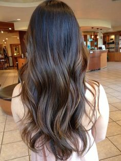 Seamless balayage blended with natural hair color