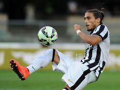 Ligaolahraga - Dengan adanya beberapa nama pemainnya dikaitkan akan hengkang dari Inter Milan musim dingin ini, mereka mengincar beberapa pemain yang berpeluang untuk direkrut demi menopang performa tim sepanjang musim. Defender Juventus, Martin Caceres, disebut-sebut menjadi target utama mereka. Sports, Hs Sports, Sport
