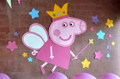 Algunas ideas para decorar un cumple infantil con temática Peppa Pig princesa. Peppa Pig Birthday Decorations, Pig Birthday Cakes, Fairy Birthday Party, 3rd Birthday Parties, 2nd Birthday, Invitacion Peppa Pig, Cumple Peppa Pig, Pig Crafts, Pig Party