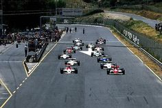 Second placed Emanuele Pirro (ITA) March 85B and race winner Mike Thackwell - Ralt RB20 Cosworth DFV - Ralt Racing Ltd. head the field on the warm up lap - 23º Gran Premio del Mediterraneo - 1985 European Formula 3000 Champiosnhip, round 8 - © Sutton Motorsport Images