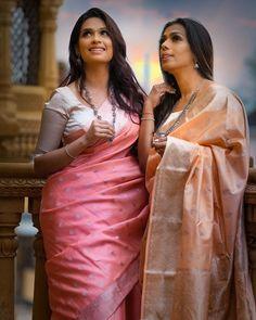 Silk Saree Blouse Designs, Sari Blouse, Banarsi Saree, Lehenga, Indian Beauty Saree, Indian Sarees, Saree Wearing Styles, Priyanka Chopra Hot, Bridal Silk Saree