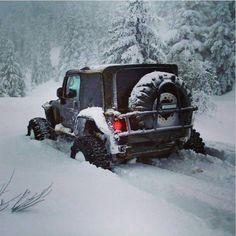 Jeep Wrangler In the show Jeep 4x4, Jeep Rims, Old Jeep, Jeep Truck, 4x4 Trucks, Jeep Willys, Tacoma Truck, Pajero Sport, Badass Jeep