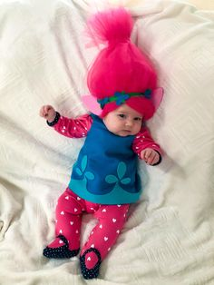[Self Drafted] Our Princess Poppy. She is ready to trick-or-treat with her brother Guy Diamond. Poppy Halloween Costume, Twin Halloween, Halloween Looks, First Halloween, Cute Baby Costumes, Baby Girl Halloween Costumes, Princess Poppy Costume Diy, Troll Costume, Trolls Birthday Party