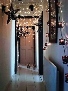 20+Ideas+How+To+Decorate+With+Christmas+Lights