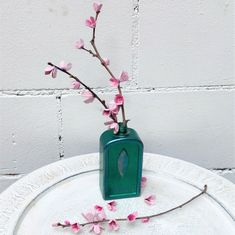 Hol dir den Frühling ins Haus! Diy Recycling, Pendant Necklace, Aluminium Foil, Craft Tutorials, Repurpose, House, Ideas, Drop Necklace