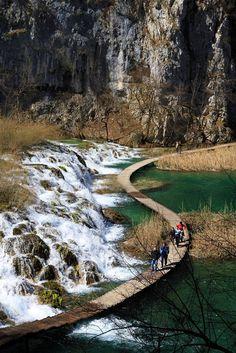 Plitvice Waterfalls, Croatia. I want to go.