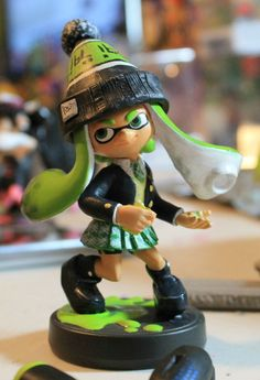 Close Up Of The Outfit For Lime Green Inkling Girl Inklings Splatoon