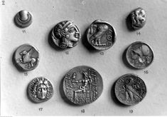 Le Ch, Coins, Historia, Literatura, Rooms