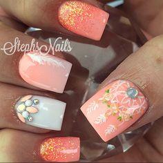 Stephanie Rochester @_stephsnails_ #coral#coralglitt...Instagram photo | Websta (Webstagram)