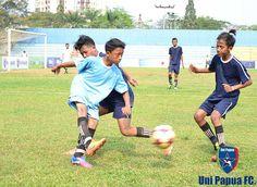 JAKARTA FOOTBALL FESTIVAL RUSUN CUP 2015 PULO GEBANG TERBANG VIA ADU PENALTI http://jakartafootballfestival.com/berita/media/42-pulo-gebang-terbang-via-adu-penalti  #UniPapuaFootball #UniPapuaFc #Papua #Indonesia #Rusun