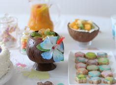 Table, déco pour anniversaire, fête, party, sur le thème Vaiana (par Disney), tropical, iles. Merci au blog Cookile Paradise  http://cookile.paradise.over-blog.com/
