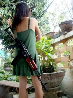 When your outfit doesn't lend itself well to conceal carry... *Like* us on Facebook for more Women's Wednesday! https://www.facebook.com/cheaperthandirt