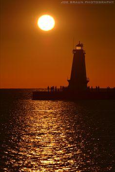 Ludington Lighthouse (Ludington, Michigan) -- © 2012 Joe Braun Photography