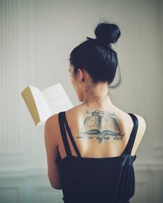Explore the distinctive female back tattoo designs - a perfect assortment of women tattoos for upper back, lower back, back of the shoulder, back of the neck. Bookish Tattoos, Literary Tattoos, Unique Tattoos, Beautiful Tattoos, Cool Tattoos, Tatoos, Amazing Tattoos, Tattoo Designs, Mehndi Designs