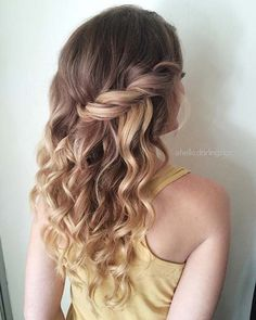 Soft Curled Hair Idea for Prom