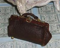 how to: retro leather bag
