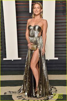 Kate Hudson Puts Her Leg on Display at Oscars 2016 Vanity Fair Party! | kate hudson michelle rodriguez oscars 2016 vanity fair 07 - Photo