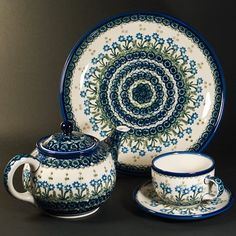 Polish pottery set
