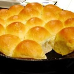 Skillet Rolls-Very easy to make and delicious
