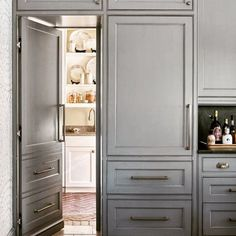 Hidden doors & secret rooms-the house feature that never goes out of style (or s. Hidden doors & secret rooms-the house feature that never goes out of style (or stops being delightful! Hidden Cabinet, Hidden Pantry, Hidden House, Kitchen Pantry Design, Interior Design Kitchen, Kitchen Pantries, Kitchen Designs, Kitchen Storage, Deck Storage
