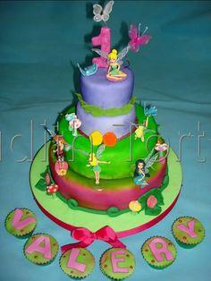 "Torta decorada con fondant ""campanita"""