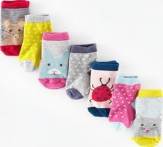 Mini Boden 7 Pack Sock Box Pet/Spot Mini Boden, Pet/Spot Were delighted that customers praise the way these socks stay on little feet without leaving elastic marks on young skin. Lovely colours and fun novelty designs. http://www.comparestoreprices.co.uk/january-2017-9/mini-boden-7-pack-sock-box-pet-spot-mini-boden-pet-spot.asp