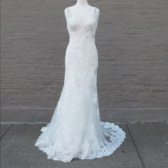 Maggie Sottero Sawyer Beautiful Maggie Sottero Sawyer Wedding Gown. Used for photos but in perfect condition. (Ivory) Maggie Sottero Dresses Wedding