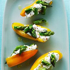 Make appetizers easy to handle while holding a glass of wine. For easy entertaining, set out this elegant, quick appetizer created by Sunset reader Priti Malhotra of Los Gatos, California. Serve it with a crisp wine like Sauvignon Blanc.