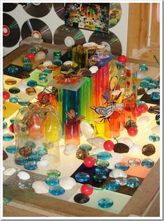 loose parts/light table