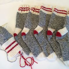 Winter Socks for the Family is a top down sock pattern with a heel flap and gusset, written for use with 5 DPNs. A wool/nylon blend aran or heavy worsted weight sock yarn is recommended for warmth and durability. Baby Knitting Patterns, Knitted Mittens Pattern, Crochet Socks, Loom Knitting, Knitting Socks, Crochet Patterns, Sock Monkey Pattern, Winter Socks, Sock Yarn