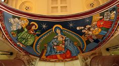 Cabecera de iglesia catalana pintada con sprays