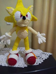 Sonic Birthday Parties, Sonic The Hedgehog, Yellow, Party, Embellishments, Free Pattern, Meet, Tejidos, Parties