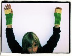 Die Handschuhe gibts natürlich in vielen Farben...