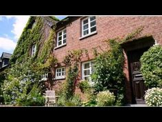 Ferienwohnung Haumannshof - Xanten - Visit http://germanhotelstv.com/ferienwohnung-haumannshof On the edge of the Xanten Hochwald Forest these holiday homes are surrounded by a spacious cottage garden with a nature pond playground and barbecue facilities. The Rhine River is 6.5 km away. -http://youtu.be/XYvkXOHKRAc