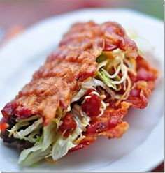 I don't think I'll ever eat this. But I just had to pin this! New meaning to a pork taco...