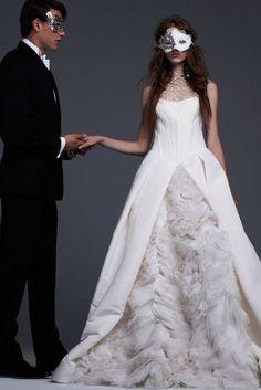#ヴェラウォン #VeraWang #2017Fall #2017秋冬 #Weddingdress #ウエディングドレス